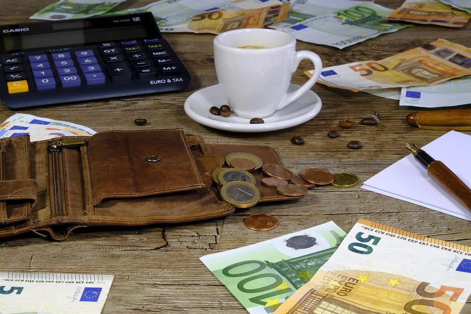 finance na stole
