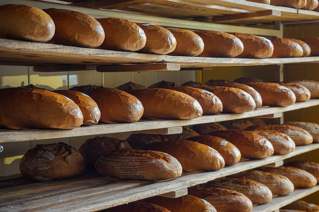 chléb v pekárně