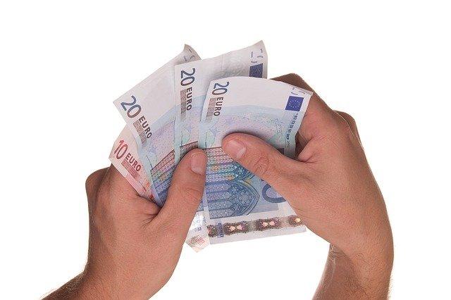 eura v rukách