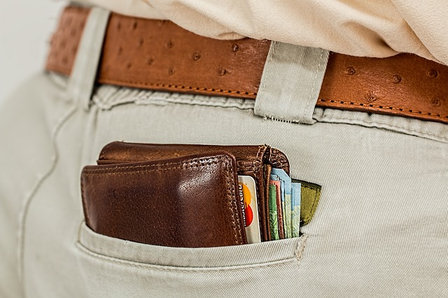 peněženka na zadku.jpg