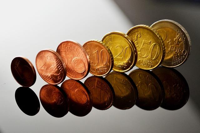euro mince seřazené podle hodnoty