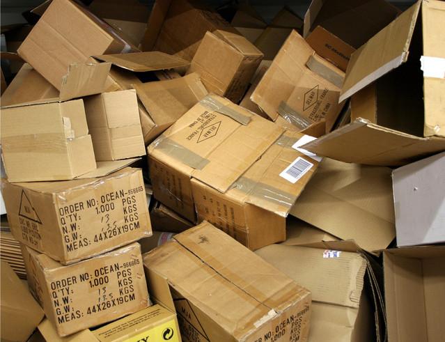 kartonové krabice pro stěhování.jpg